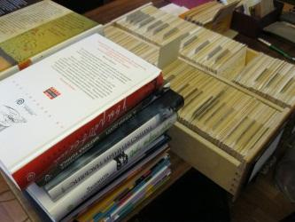 Отдел комплектования и обработки литературы пополняет книжные фонды новыми изданиями